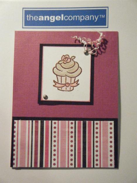 Tarjeta con Heat Embossing. Heat embossed cupcake card