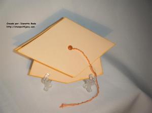Tarjeta de graduación. Tiempo aprox. de creación: 15 minutos.